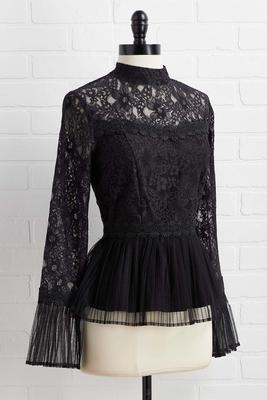 lace go out top