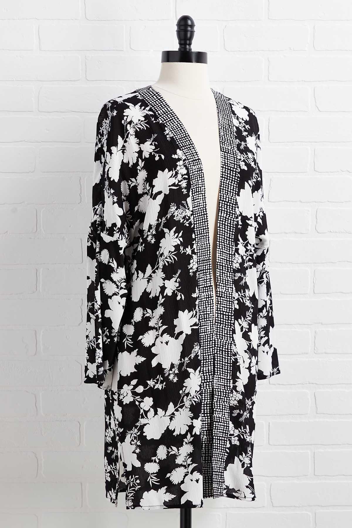 Pick Your Bouquet Kimono