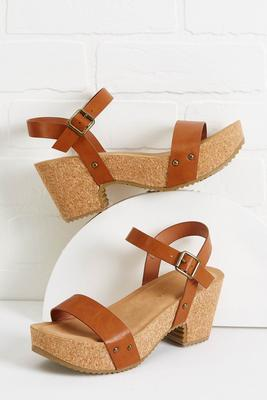 downtown dreamin` sandals