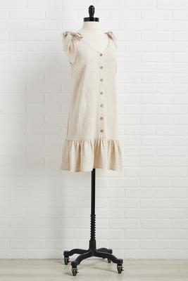 lovin` and linen dress