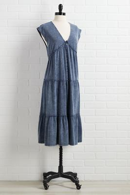 shed tiers dress