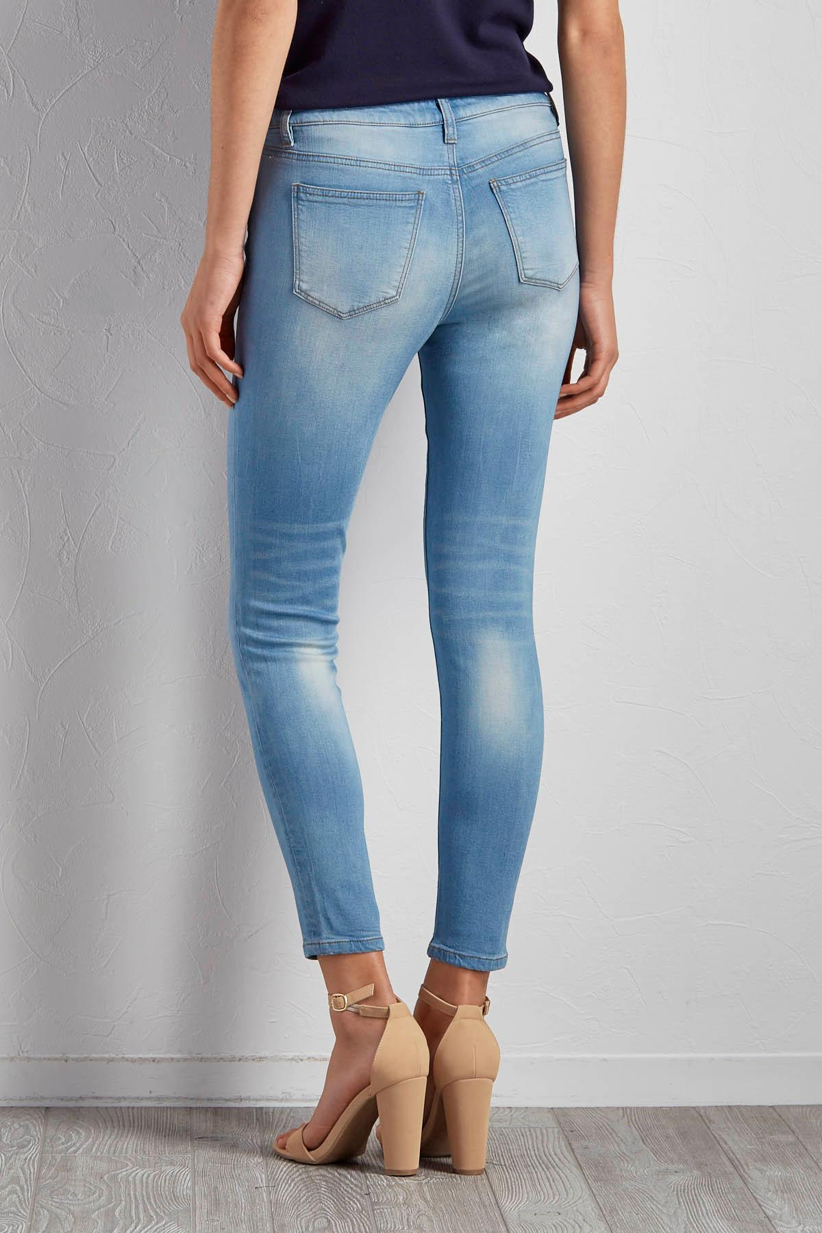 Versona | light wash skinny jeans