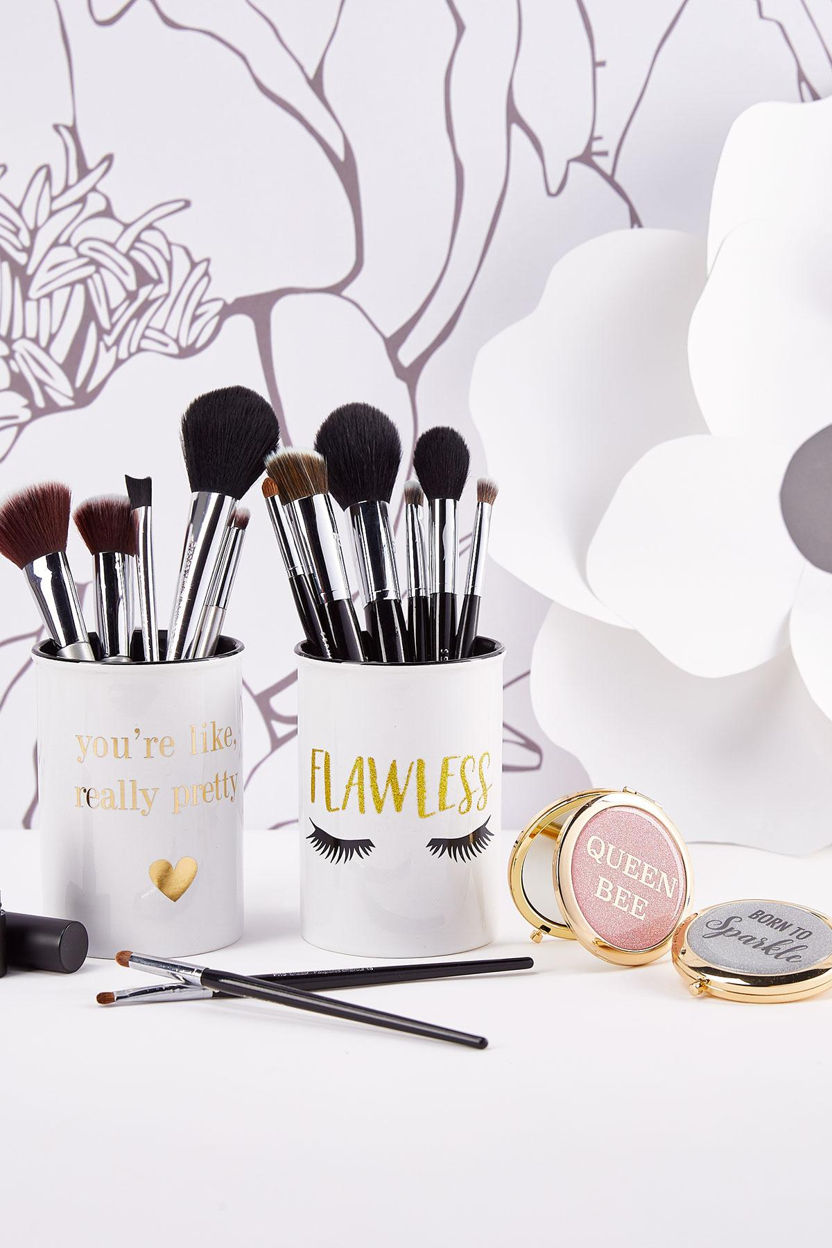 Flawless Makeup Canister