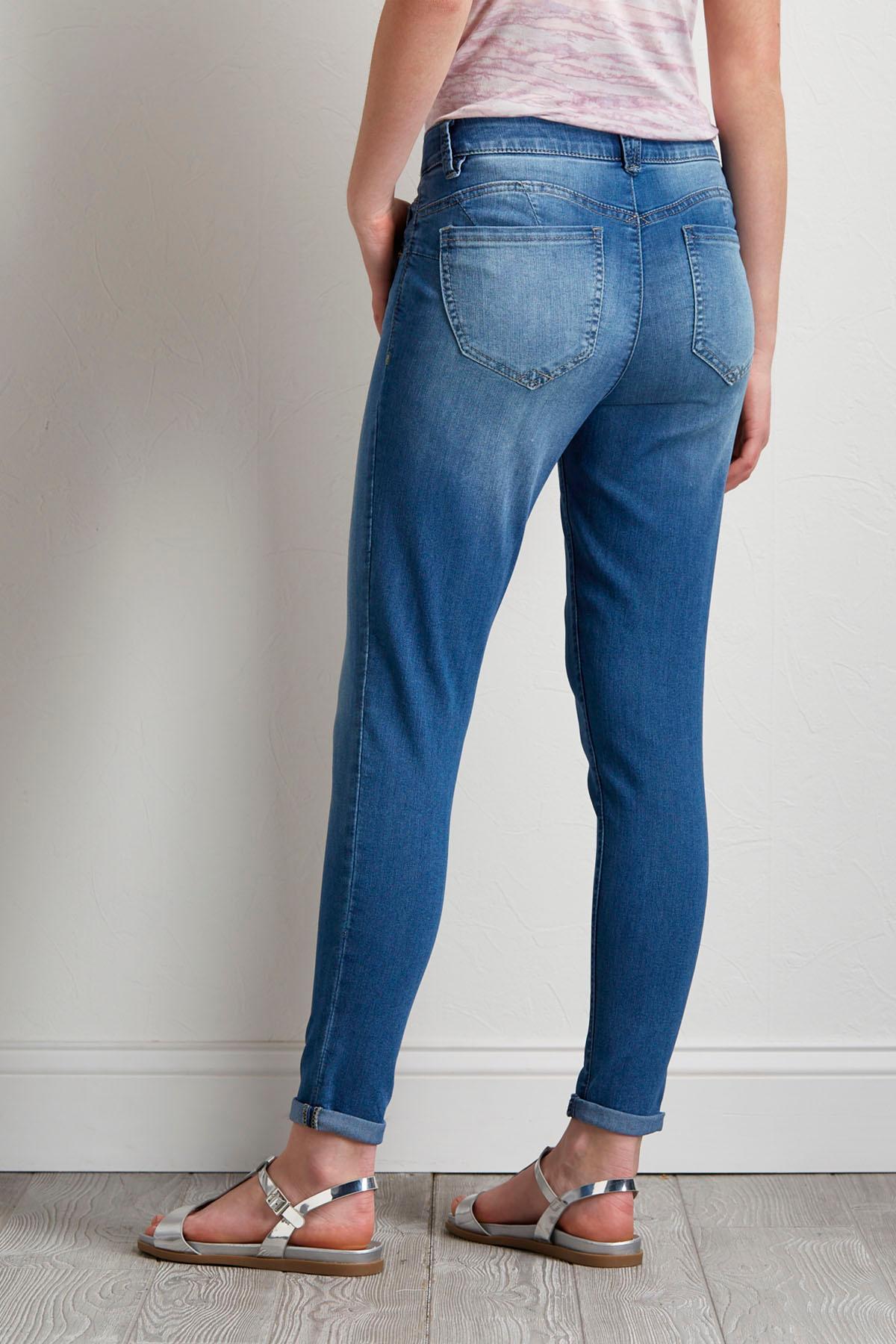 Shape Enhancing Ankle Jeans