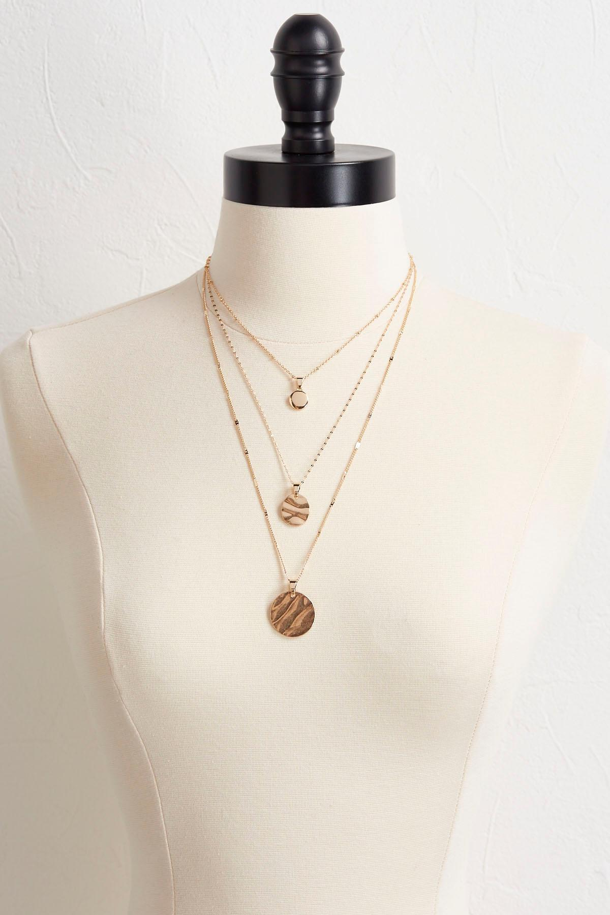 Layered Shaky Disk Pendant Necklace
