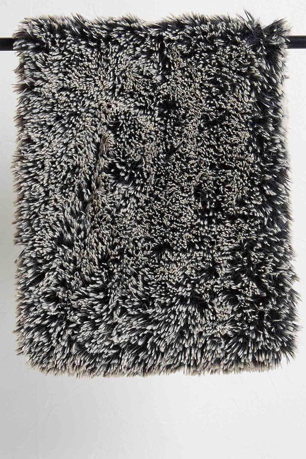 Shaggy Plush Cowl Scarf