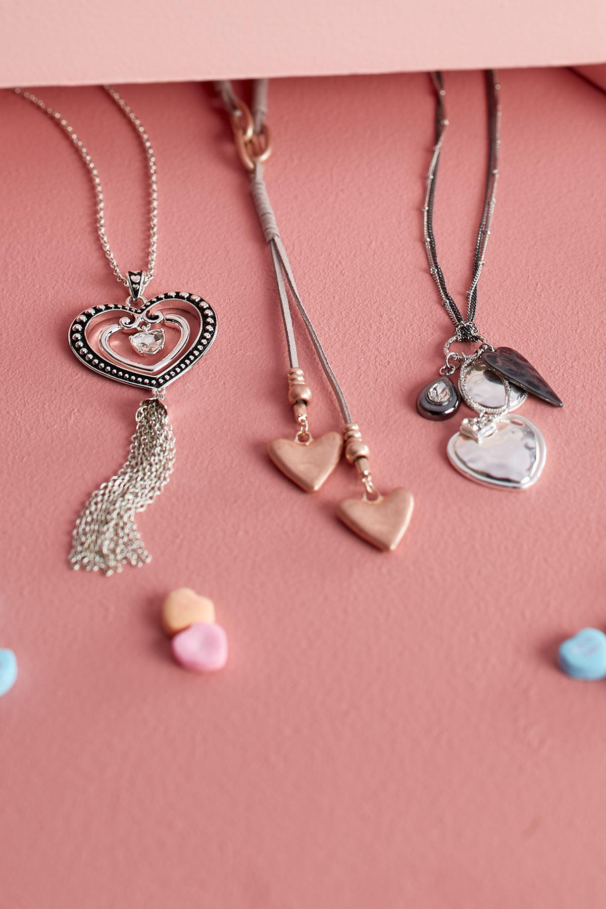 Tasseled Heart Pendant Necklace
