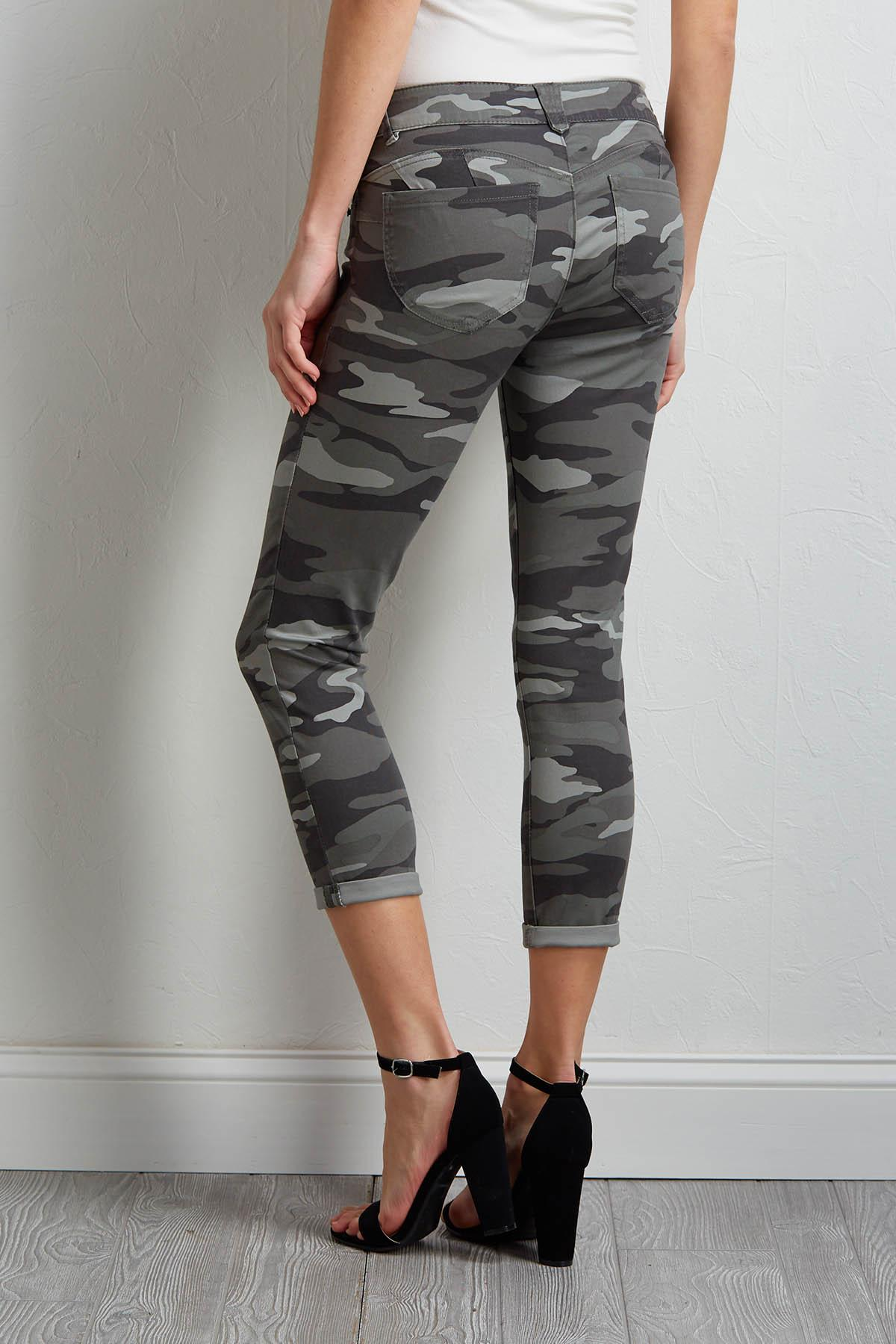 Cropped Camo Pants