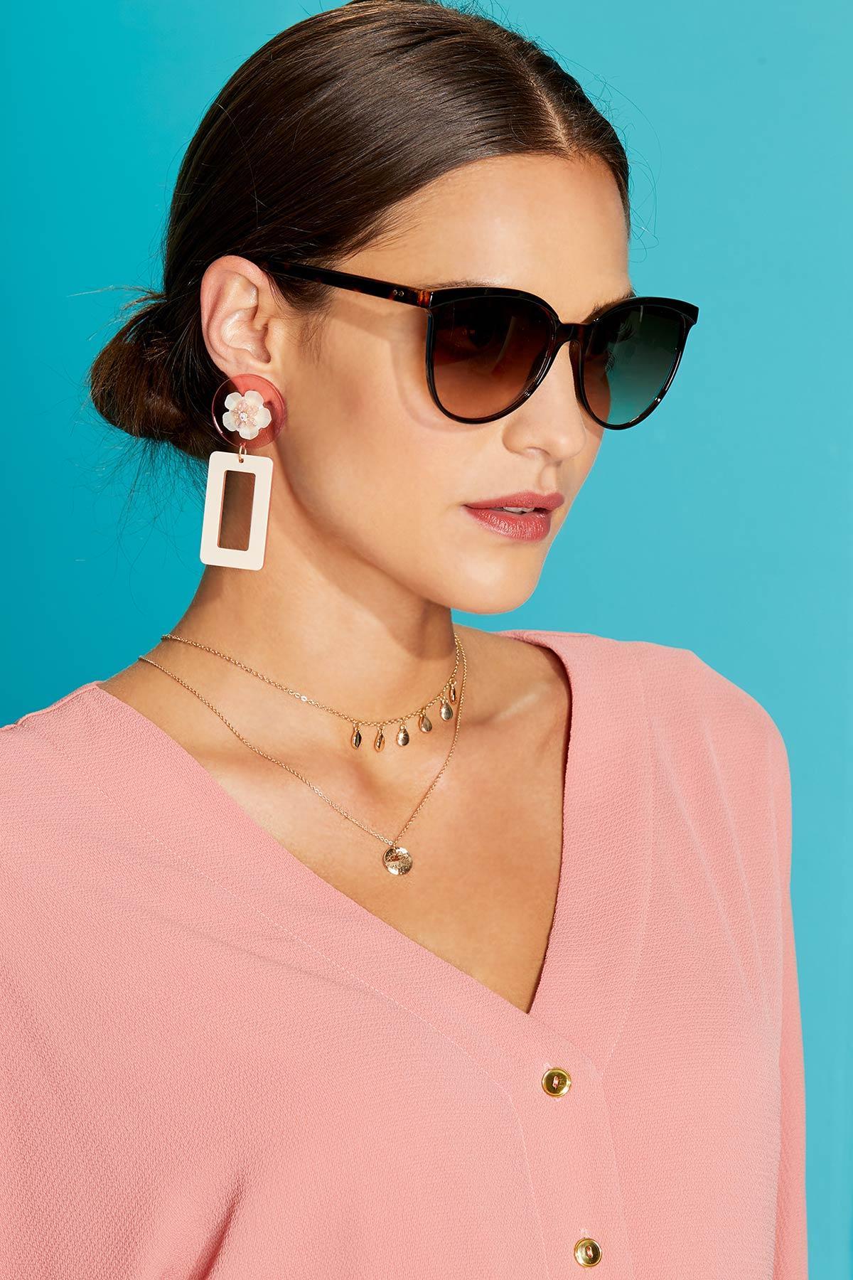 Lucite Geo Flower Earrings
