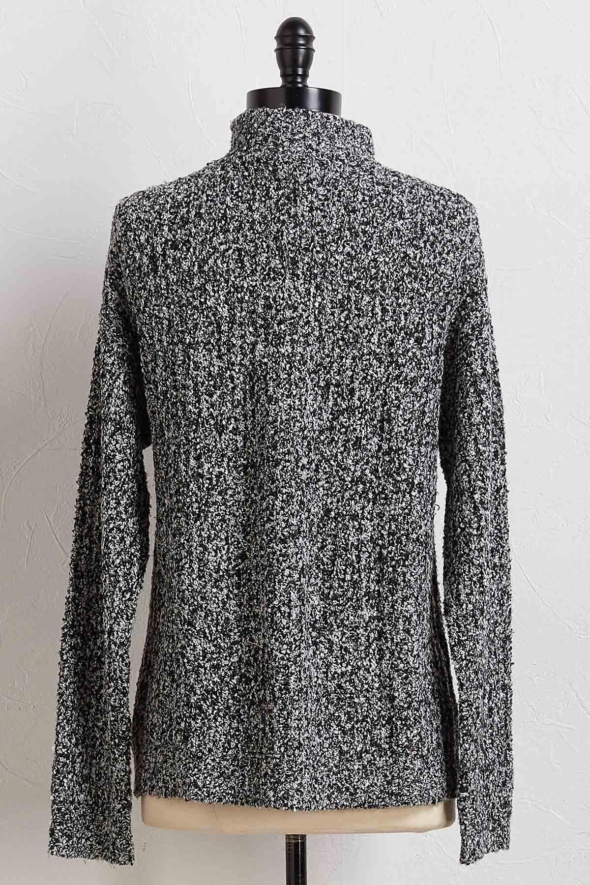Snowy Mountain Pullover