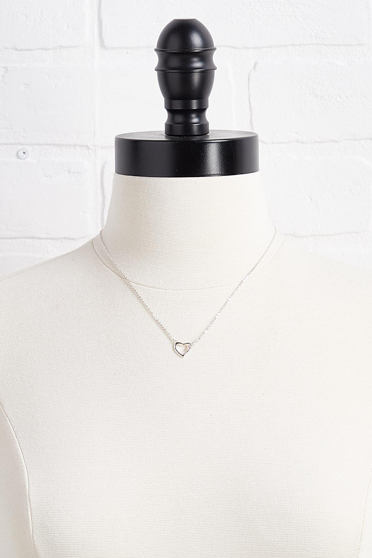 Dainty Heart Link Pendant Necklace