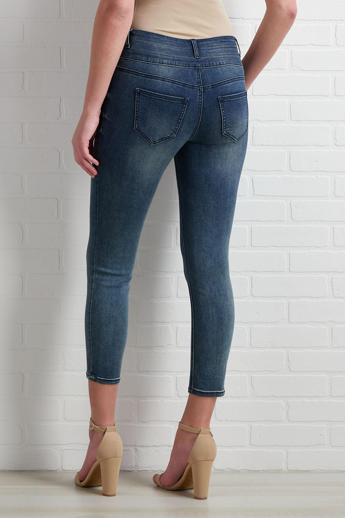 Short And Sweet Jeans