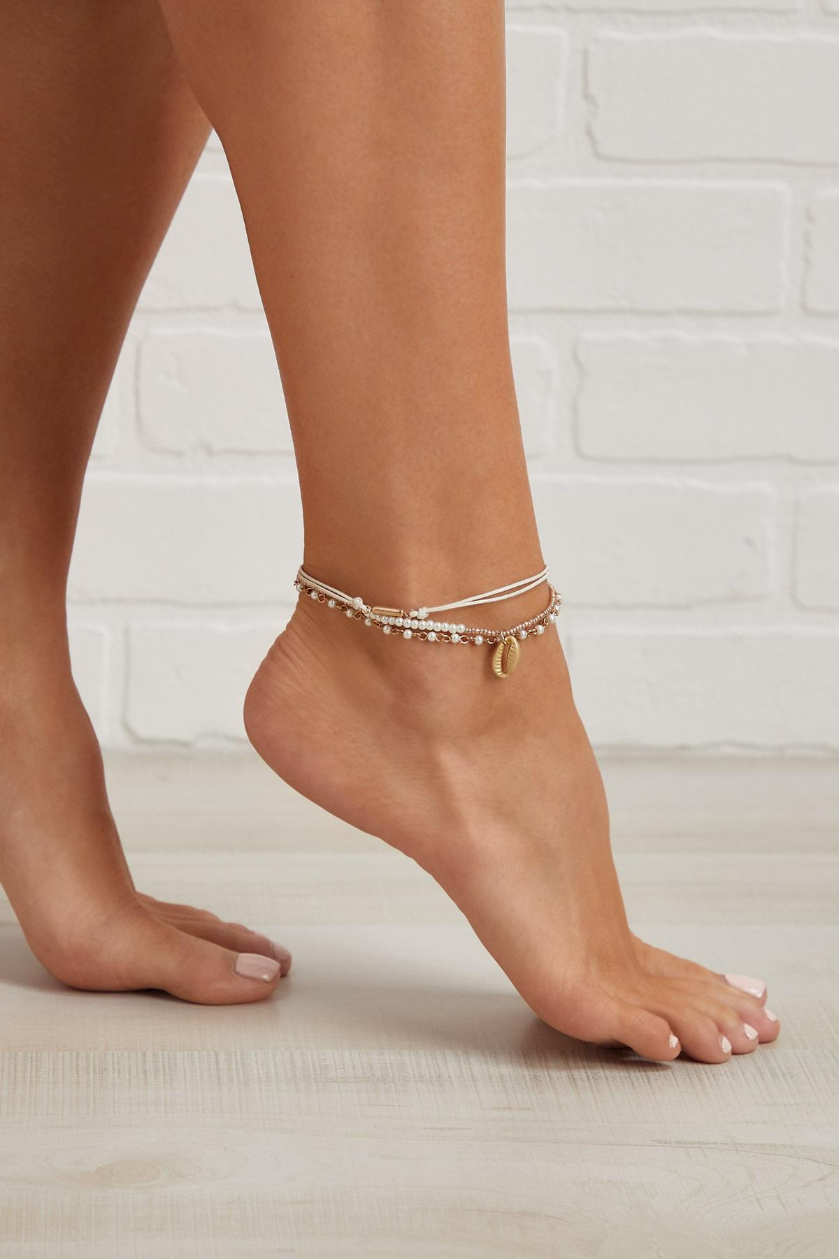 Pretty Puka Anklet