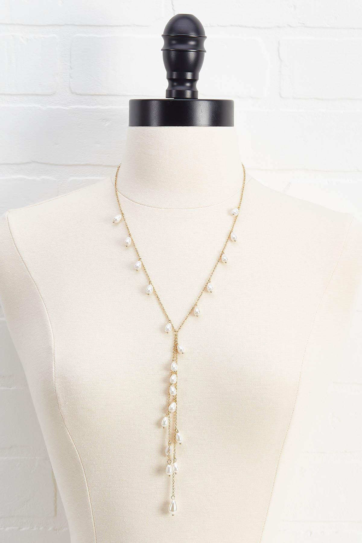 Shaky Pearl Y Necklace