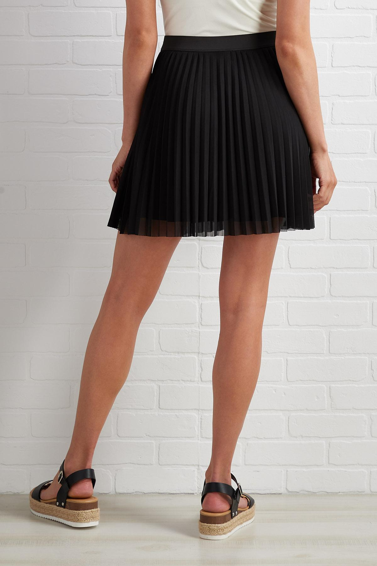 Beg And Pleat Skirt